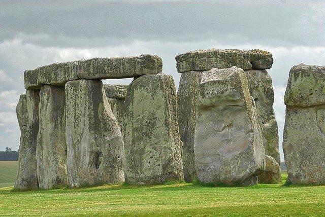 starověké kameny