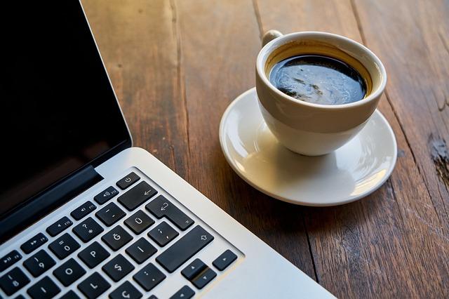 detail kávy