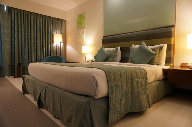ložnice v hotelu