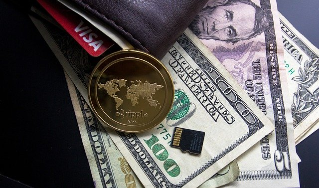 dolary a peněženka
